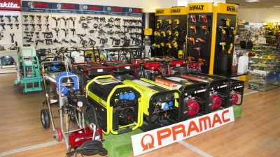 Stand PRAMAC în showroom Metatools